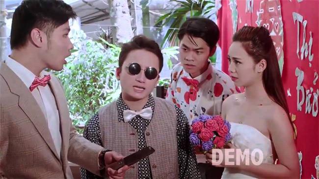 """Quỳnh Cool (tên thật là Nguyễn Thị Quỳnh, sinh năm 1995, sinh viên trường ĐH Sân khấu Điện ảnh Hà Nội) nổi tiếng trongg giới trẻ khi góp mặt trong MV """"Vợ người ta"""" của Phan Mạnh Quỳnh. Cô nàng còn là nữ chính trong chuỗi clip hài """"Kem xôi"""" được giới trẻ yêu thích."""