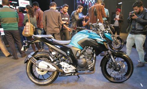 2017 Yamaha FZ25 lên kệ, giá 39,4 triệu đồng - 1