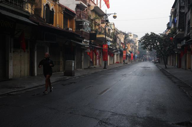Mùng 3 Tết: Bắc Bộ có mưa vài nơi, Nam Bộ nắng ráo - 1