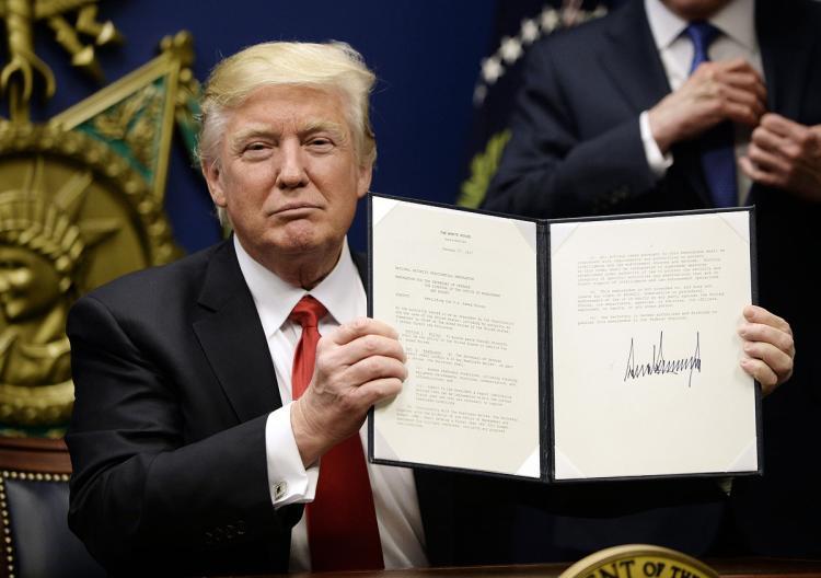 Sắc lệnh cấm nhập cư ở Mỹ ảnh hưởng đến người Việt Nam như thế nào?