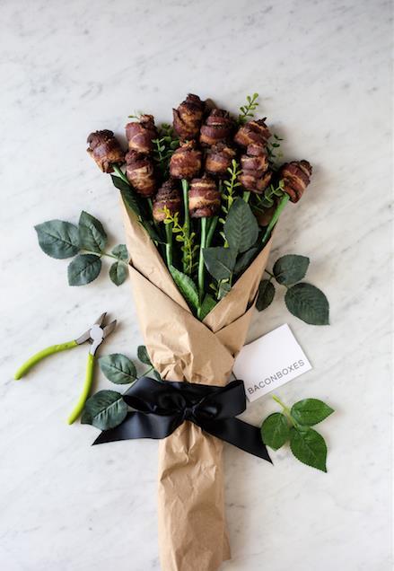 """Dạo quanh thế giới chọn quà """"dị"""" nhất cho ngày Valentine - 1"""