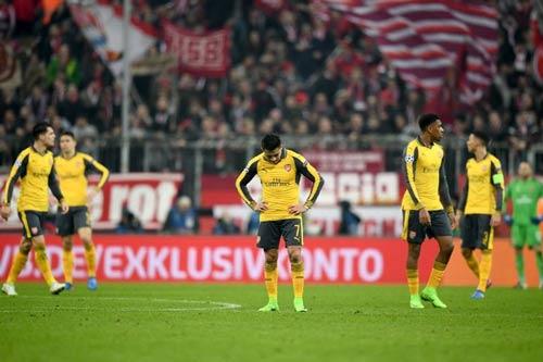 """6 mùa liên tiếp Arsenal gây """"choáng"""" vòng 1/8 Cup C1 - 1"""