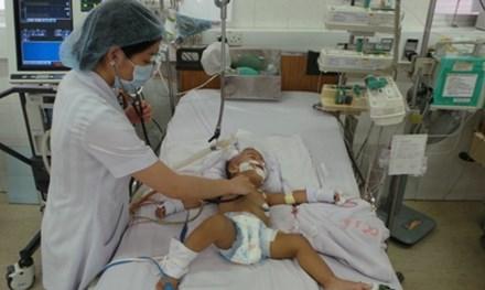Vì sao mắc viêm mão mô cầu có thể tử vong sau 24 giờ nhiễm bệnh - 1