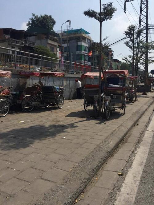 Muôn cảnh éo le tìm nhà vệ sinh công cộng ở Hà Nội - 2