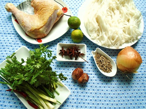 nguyên liệu để nấu phở gà