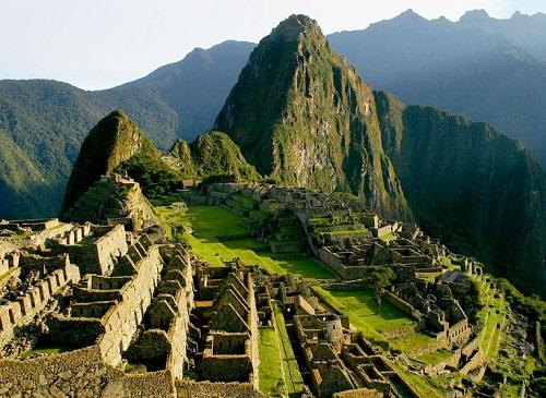 """Thót tim vượt qua bậc thang """"tử thần"""" ở Machu Picchu - 1"""