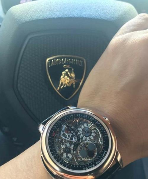 Cường đô la khoe siêu xe 20 tỷ, đồng hồ 13 tỷ - 1