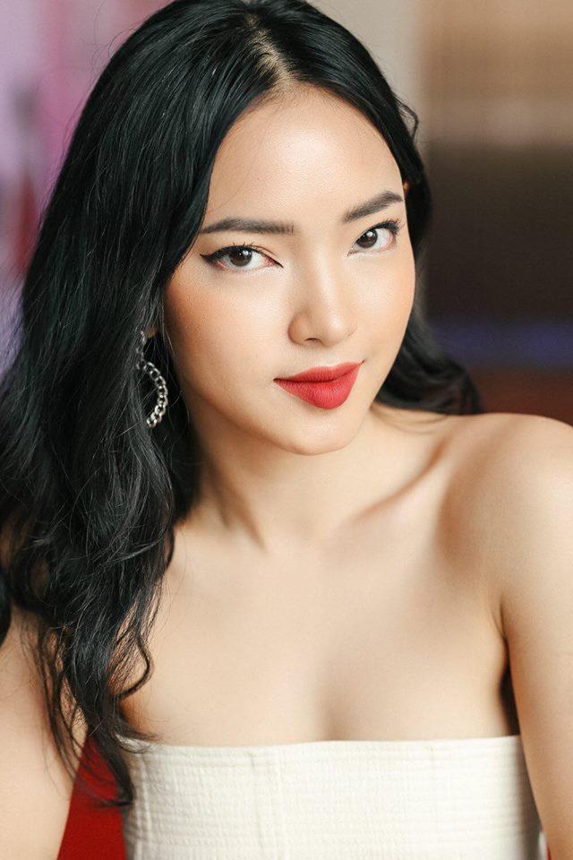 """Mày râu """"chấm điểm 10"""" cho Tóc Tiên hay hot girl gym? - 2"""