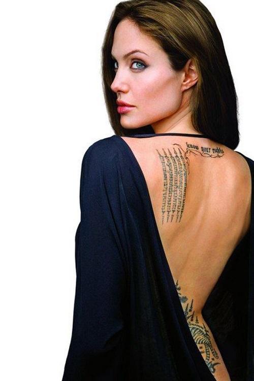 Angelina Jolie xăm hình lạ giữ hôn nhân vẫn mất chồng - 5