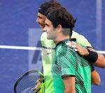 Tinh hoa Federer: Trái một tay, Nadal chỉ biết nhìn - 1