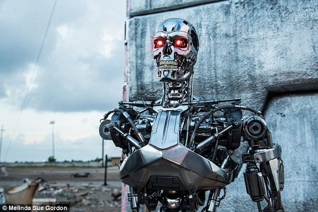 Robot nổi loạn, giết người như trong phim ở nhà máy Mỹ - 1
