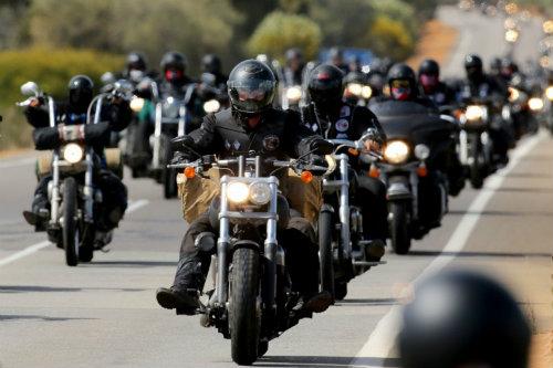 Top 10 nguy hiểm nhất lái xe môtô cần tránh (P1) - 1