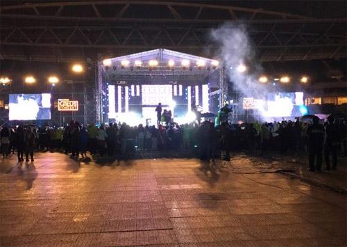Gạch tên sao Việt, đêm nhạc toàn sao Hàn ế vé thảm thương - 1