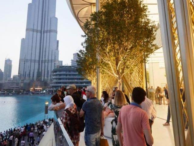 Ghé thăm cửa hàng Apple tại Dubai: Định nghĩa mới về sang chảnh