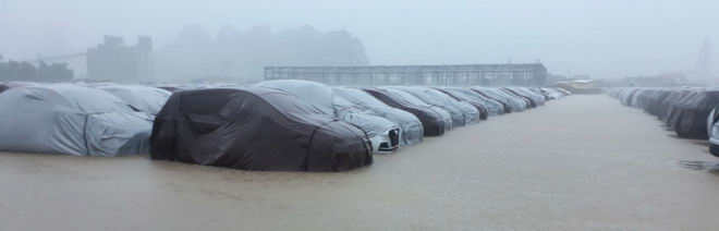 Xe Hyundai ở nhà máy Ninh Bình không bị ảnh hưởng ngập nước - 1
