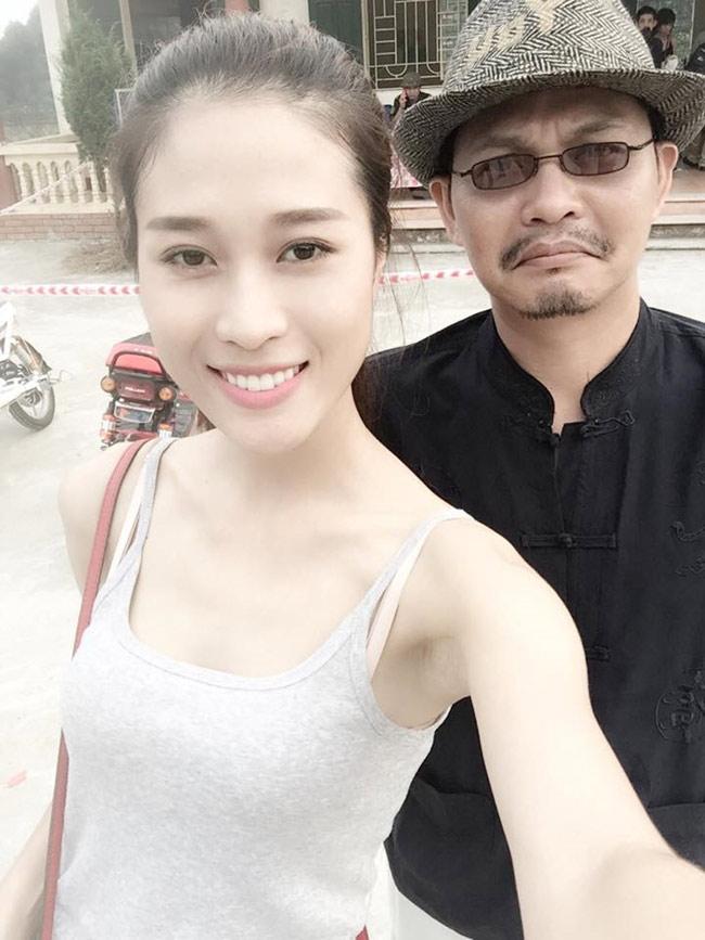 Nữ diễn viên Cẩm Nhung được nghệ sĩ Trung Hiếu nhiều lần mời hợp tác đóng phim chung.