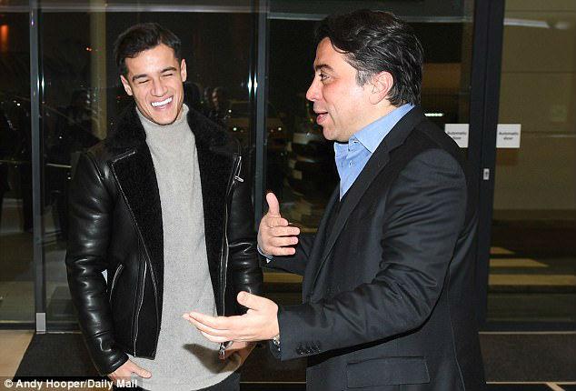 """Coutinho ra mắt Barca: Bàn tay """"siêu cò"""" đạo diễn bom tấn chấn động - 1"""