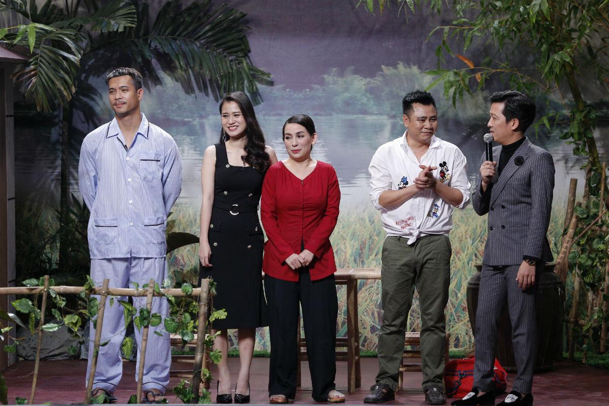 """Hoài Linh: """"Phi Nhung từng xin mẹ hỏi cưới tôi"""" - 1"""
