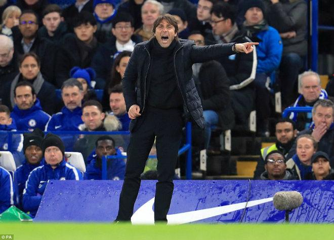 Chelsea hòa Arsenal: Conte chê Morata, giãy nảy đòi bù giờ 10 phút - 1