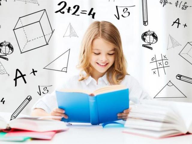 Kết quả hình ảnh cho trẻ chăm chỉ học tập trở thành bác sĩ