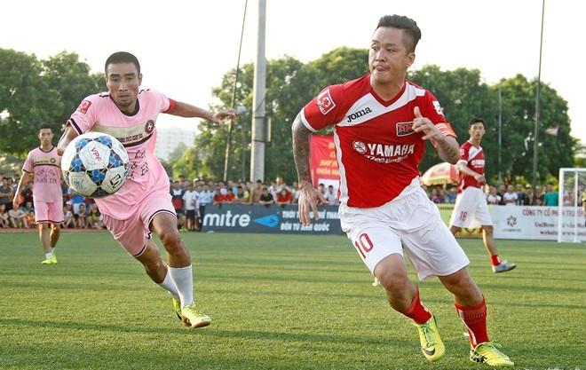 U23 Việt Nam thắng sốc Iraq: Tuấn Hưng muốn đập điện thoại, Phương Thanh bấm quẻ - 1