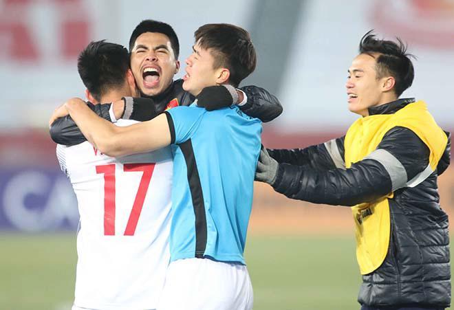 Chấn động châu Á: U23 Việt Nam vỡ òa penalty, ôm nhau khóc nức nở - 1