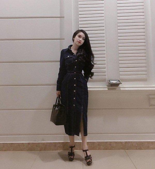 """Bạn gái hậu vệ Vũ Văn Thanh đẹp như hoa hậu, chơi đồ hiệu """"sang chảnh hết nấc"""" - 8"""