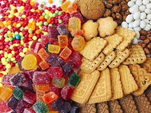 6 loại thực phẩm các cầu thủ bóng đá tuyệt đối không nên ăn trước trận đấu
