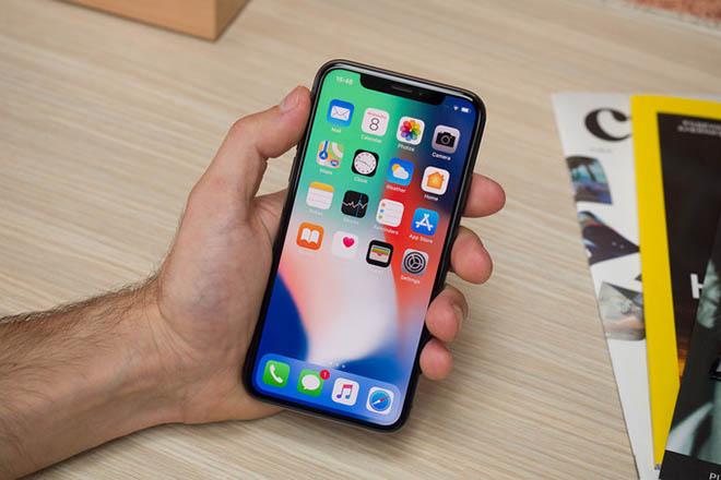 Doanh số iPhone X yếu kém, Apple tìm cách tháo chạy khỏi Samsung - 1