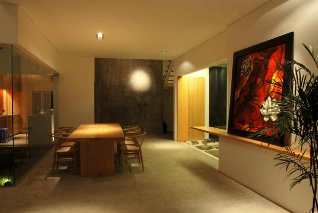 Nó được trang tạp chí hàng đầu thế giới ArchDaily khen ngợi là có thiết kế ưu việt, tạo nên không gian sống lý ưởng.