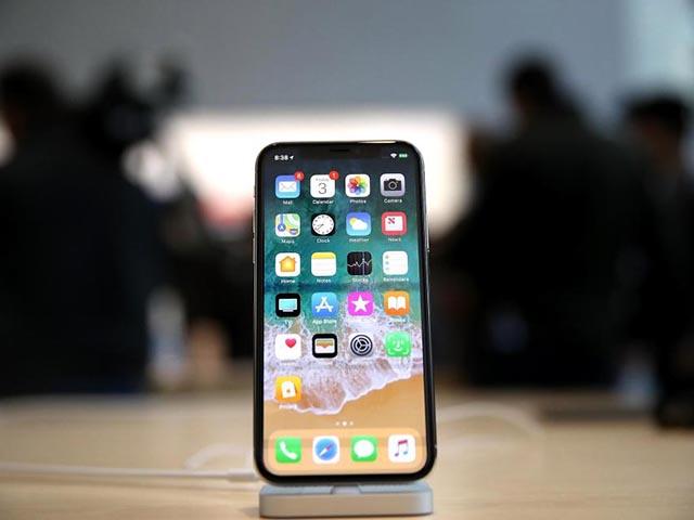 """Xôn xao chiếc iPhone X bí ẩn từ Việt Nam cho người muốn """"ném tiền qua cửa sổ"""""""