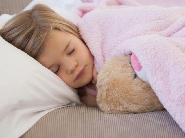 Ngủ đúng cách ở trẻ em có thể ngăn ngừa ung thư sau này