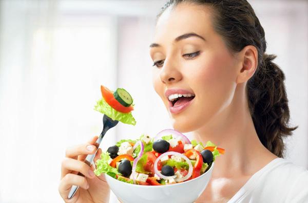 Tuyệt chiêu giúp phụ nữ U30 ngăn ngừa thâm nám và lão hóa hiệu quả - 1