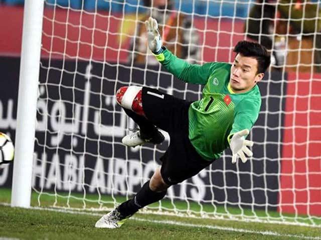 Người hùng U-23 VN không chắc có suất chơi V-League