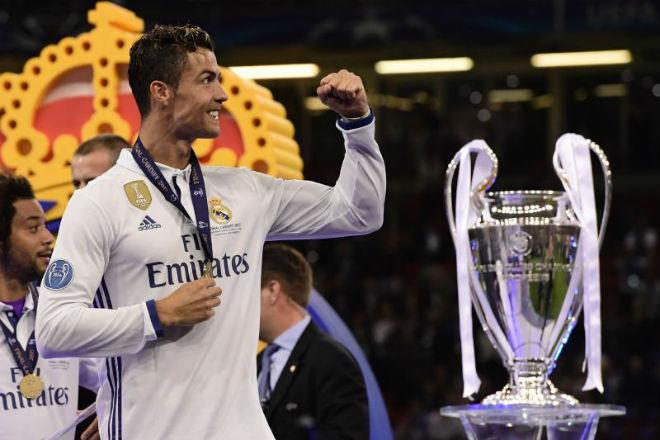 Ronaldo tất tay Cúp C1: Qua mặt Zidane, tự chọn đội hình Real đấu PSG - 1