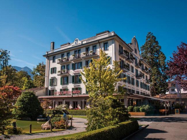 Hotel Interlaken, Interlaken, Thụy Sĩ (Năm 1323): Khách sạn ban đầu là một bệnh viện trước khi trở thành nhà khách vào năm 1323.