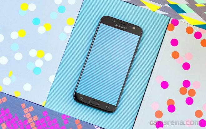 Phát hiện smartphone giá rẻ mới của Samsung - 1
