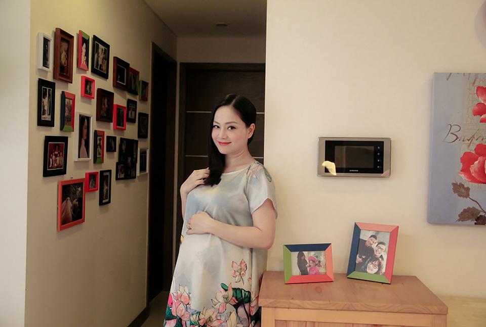 Lan Phương tiết lộ kế hoạch đón Valentine và Tết cùng chồng Tây cao 2m - 1