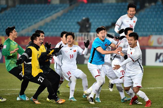 Cầu thủ U23 Việt Nam nhận tin cực vui trước Tết Mậu Tuất - 1