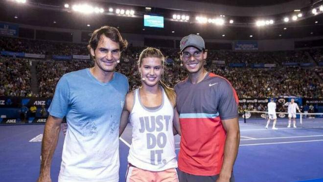 Tennis 24/7: Federer, Nadal được mỹ nhân đồng nghiệp gạ chụp ảnh nóng - 1
