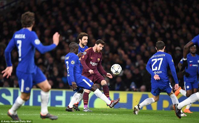 """Messi khuất phục Chelsea: Siêu nhân phá """"lời nguyền"""" - 1"""