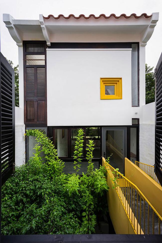 Căn nhà ở Cần Thơ này là tổ ấm của một cặp vợ chồng trẻ, trong đó, người chồng sinh ra và lớn lên ở Hà Nội trong khi vợ là người bản địa.