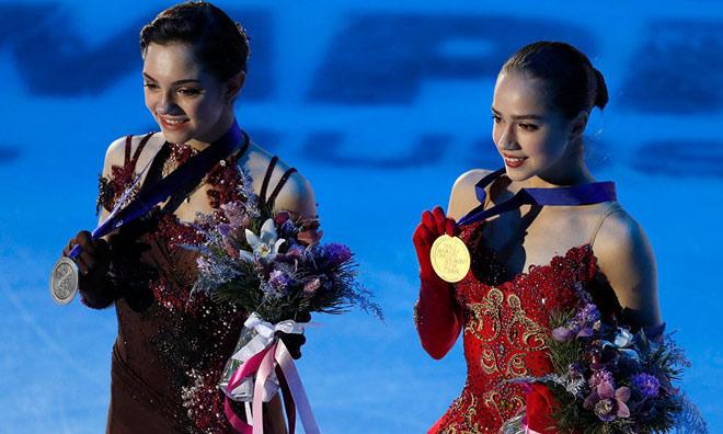 """Nữ thần 15 tuổi Olympic mùa đông: """"Đè"""" mỹ nhân, cứu cả """"đoàn Nga"""" - 1"""