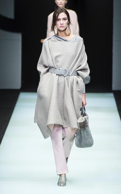 BST gần 100 mẫu cực sang chảnh của Giorgio Armani ở Milan Fashion Week - 2