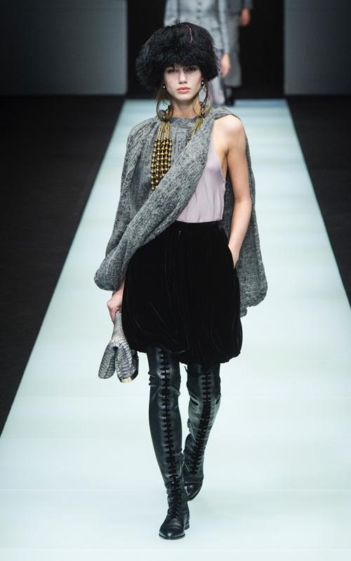 BST gần 100 mẫu cực sang chảnh của Giorgio Armani ở Milan Fashion Week - 5