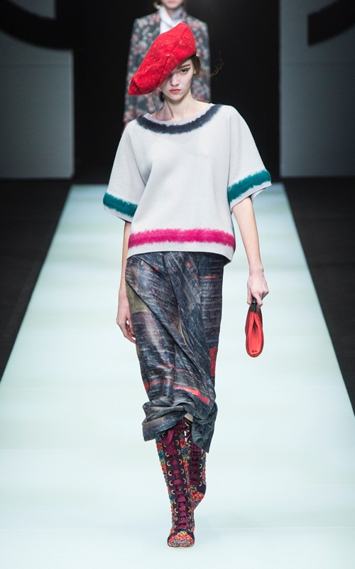 BST gần 100 mẫu cực sang chảnh của Giorgio Armani ở Milan Fashion Week - 10