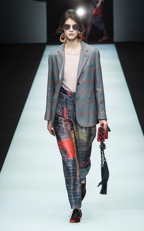 BST gần 100 mẫu cực sang chảnh của Giorgio Armani ở Milan Fashion Week - 8