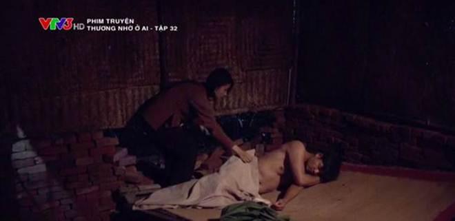 Những cảnh nóng gây tranh cãi gay gắt trên giờ vàng phim Việt - 1