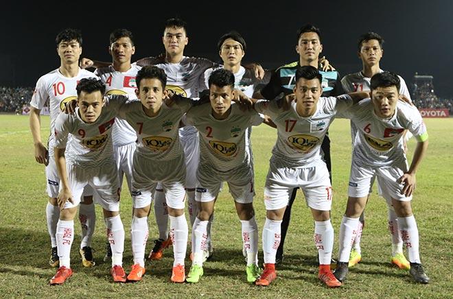 Vạn fan nữ bủa vây Công Phượng, Xuân Trường U23...ở Bình Phước - 1
