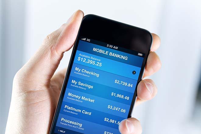 """Coi chừng mất tiền trong tài khoản ngân hàng vì... ứng dụng """"nhái""""! - 1"""